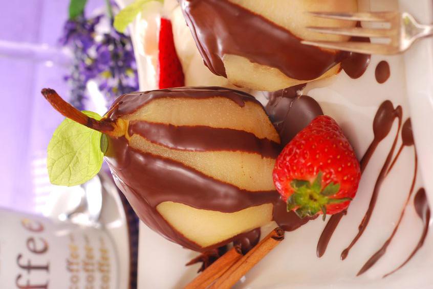 אגסים אפויים בשוקולד